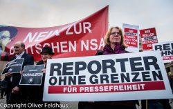 Protest gegen das neue BND Gesetz Pariser Platz Berlin am 21. Oktober 2016. (Bild: Oliver Feldhaus)